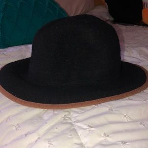 hardly used free people fall/ winter hat